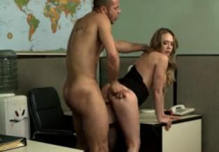 Video caliente con mi sexy secretaria