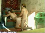 Madura rusa se lo monta con un jovencito
